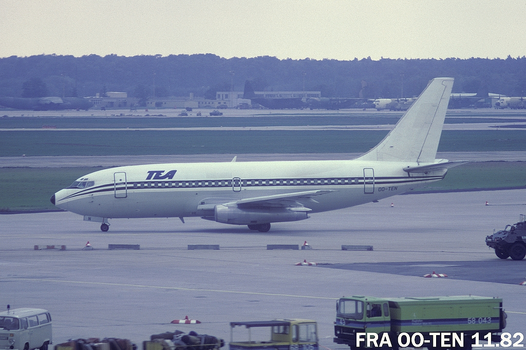 737 in FRA - Page 2 32fraootenb