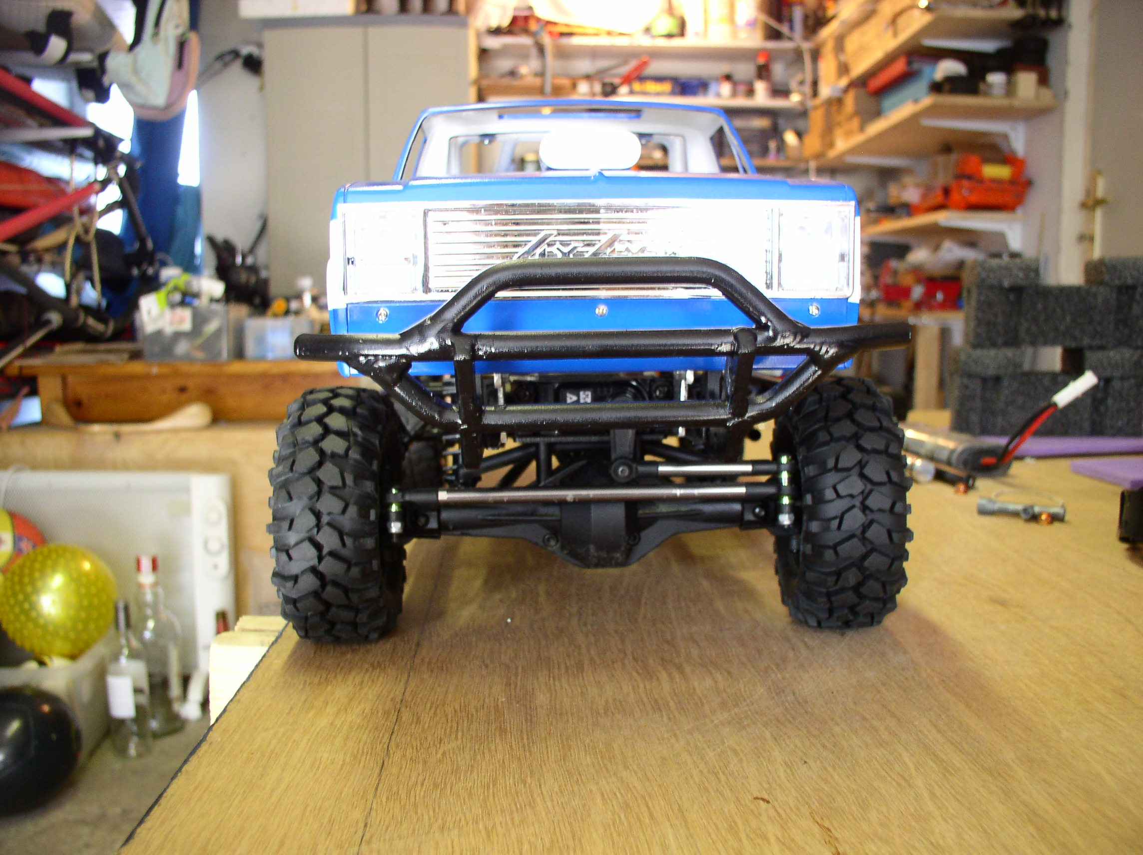 """[ SCX10 Axial ] CHEVROLET K5 Pick-up, benne rallongée.""""TERMINE"""" - Page 2 P1010001ys"""