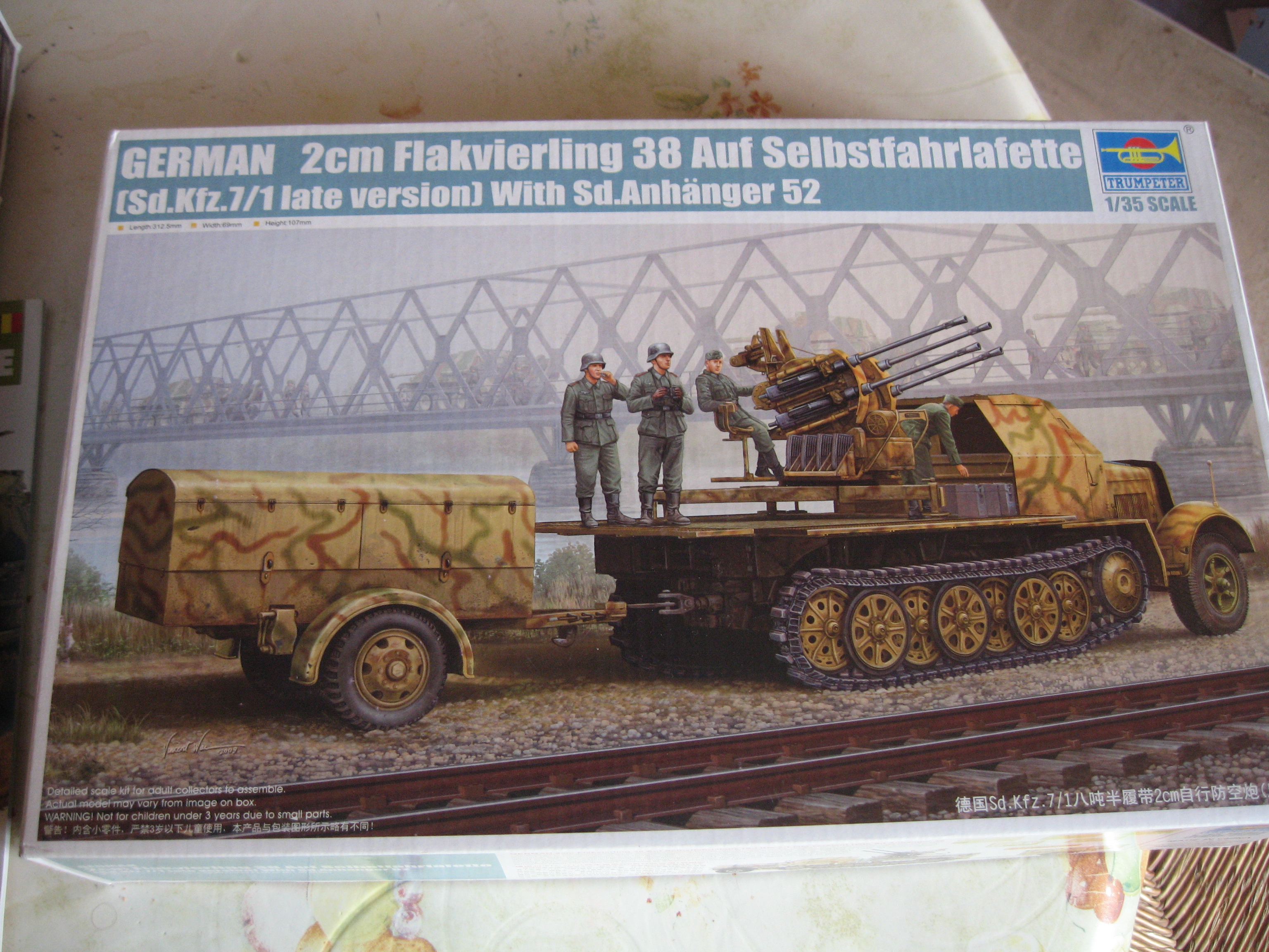 Review kit Sd.Kfz.7/1 late version whit Sd.Anhager 52 Trumpeter 1/35 Img3652pl