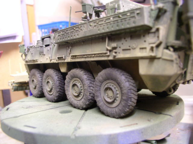 Stryker 1132 mine roller 1/35 Trumpeter Dio terminé - Page 2 78133216