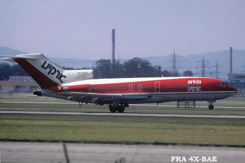 727 in FRA Fra4xbaea