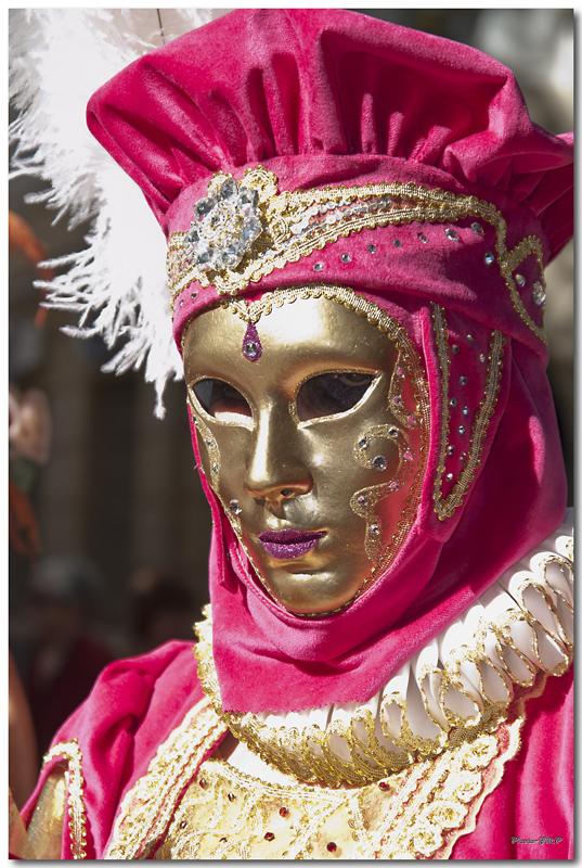 Rencontre Carnaval venitien à Martigues edition 2010  - Page 32 Jm244981024