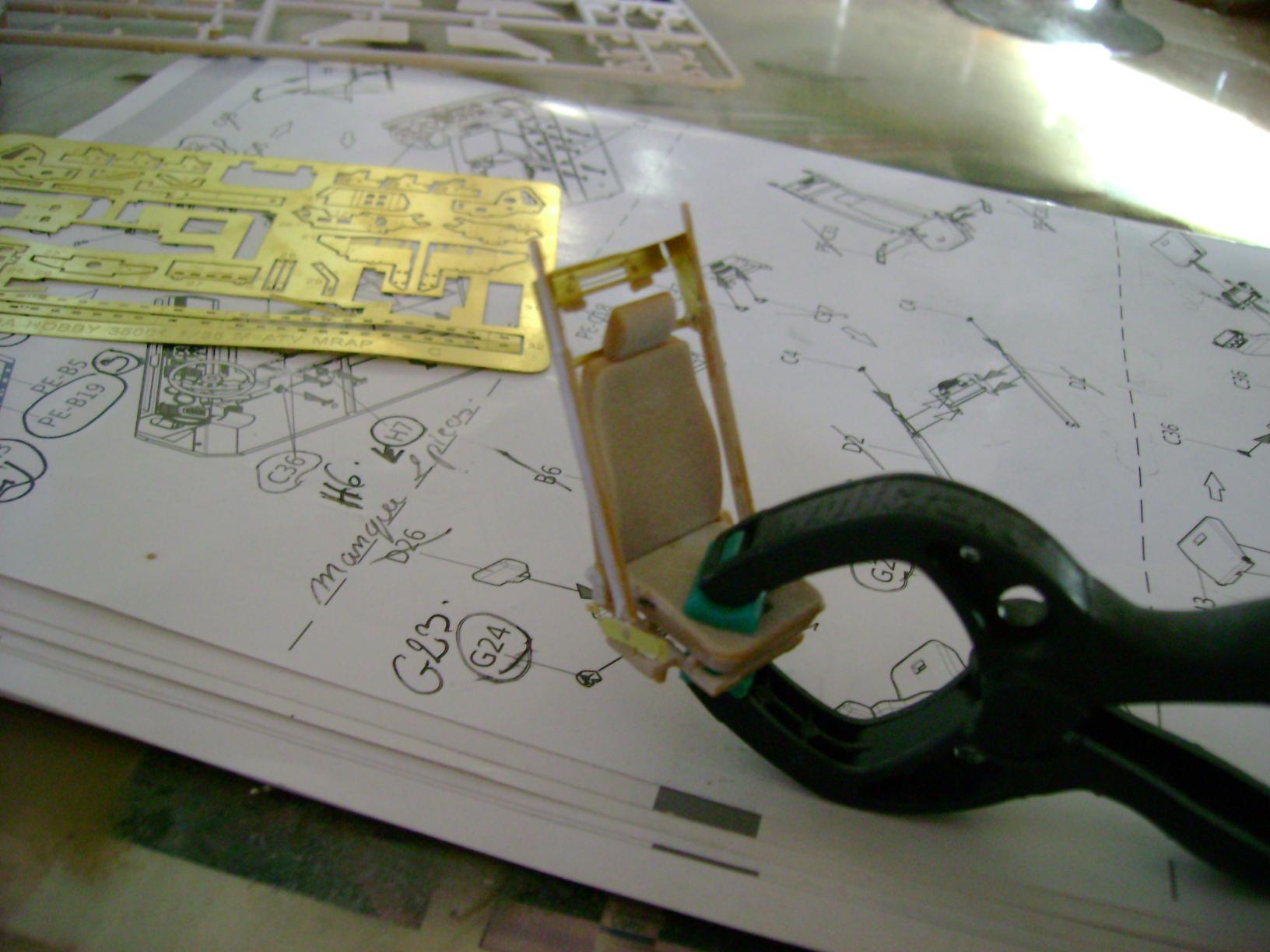 M-ATV Oshkosh....Kit Panda 1/35...Projet terminer !!!!!!!!!! ENFIN !!!!!!!!! - Page 2 19619081