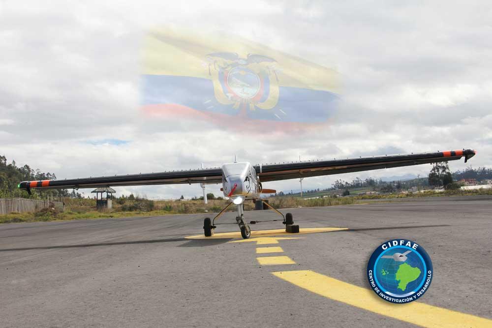 Armée Equatorienne/Fuerzas Armadas del Ecuador - Page 4 Pruevuav3