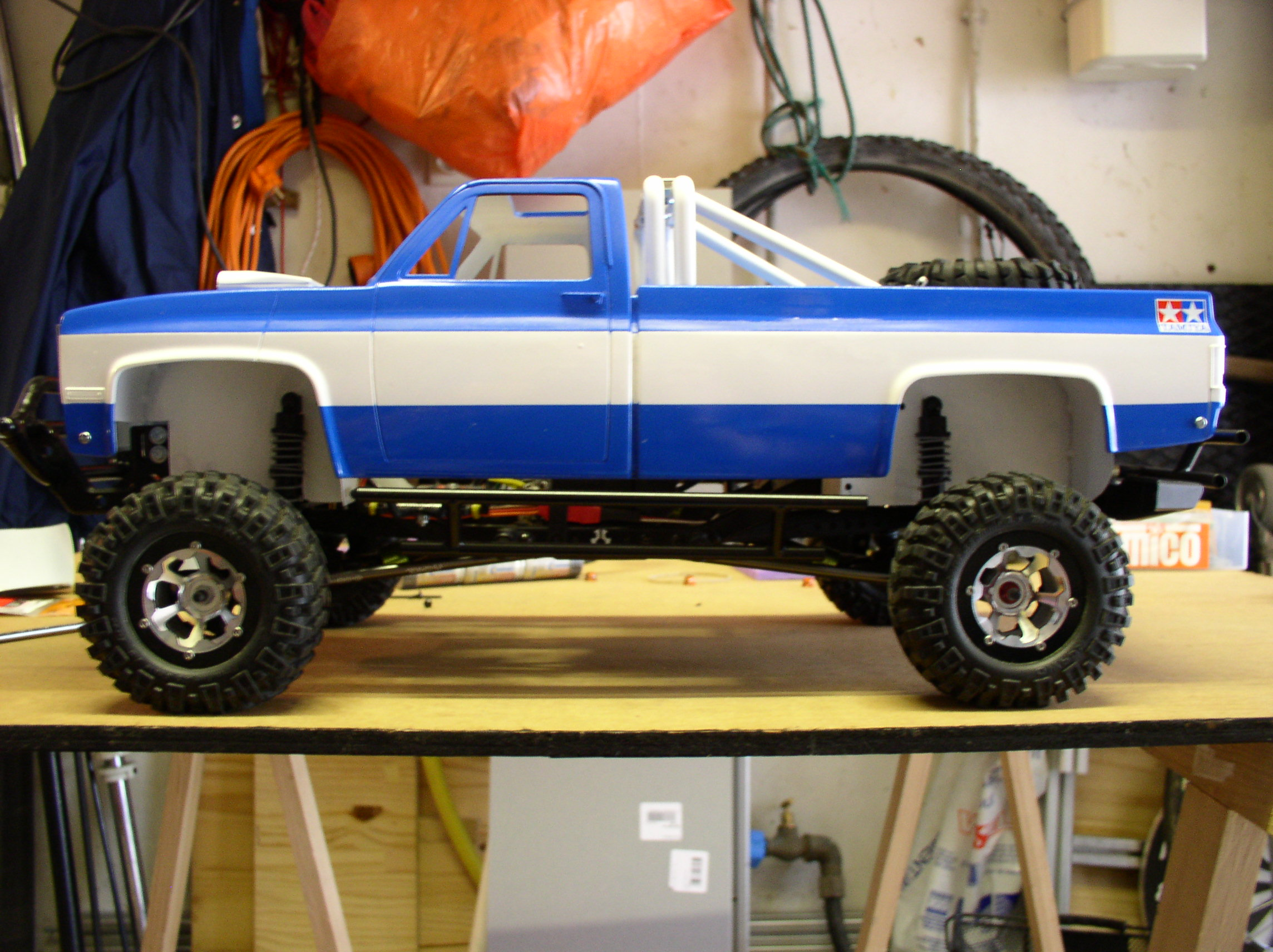 """[ SCX10 Axial ] CHEVROLET K5 Pick-up, benne rallongée.""""TERMINE"""" - Page 2 P1010002dh"""