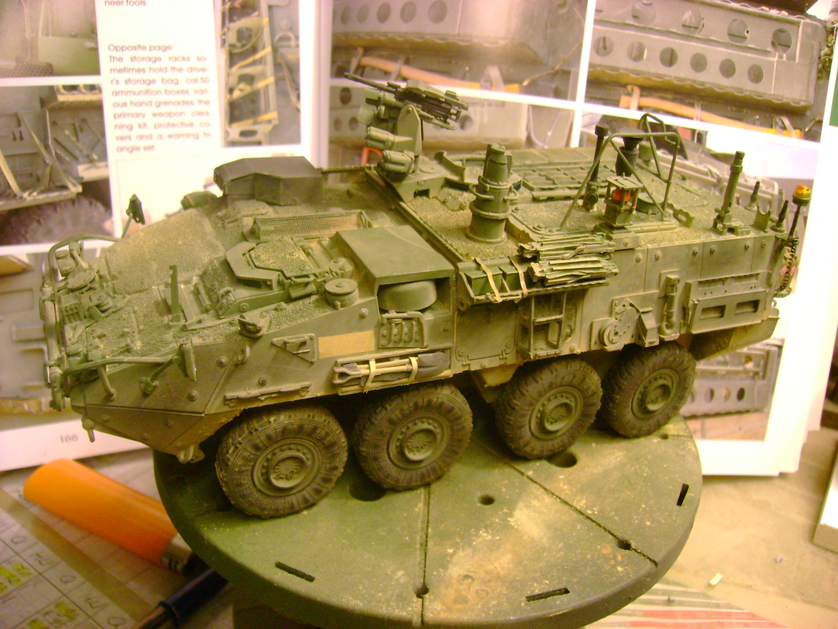 M1135 Stryker NBC RV 1/35 Trumpeter....Terminer Up du 29/10... - Page 3 32541954