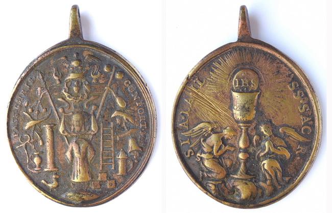Recopilación medallas con el Rostro de Cristo ( Salvator Mvndi II) Zkeh