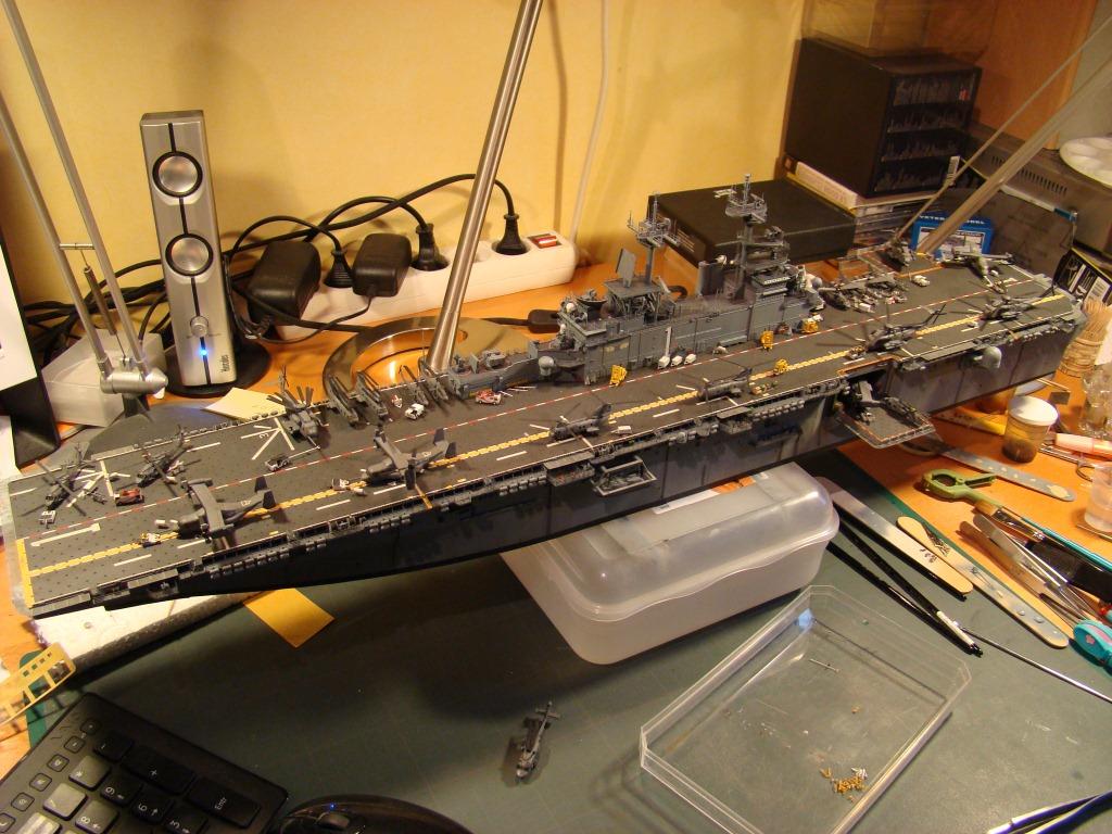 USS WASP LHD-1 au 1/350ème par nova73 - Page 7 Dsc09116q