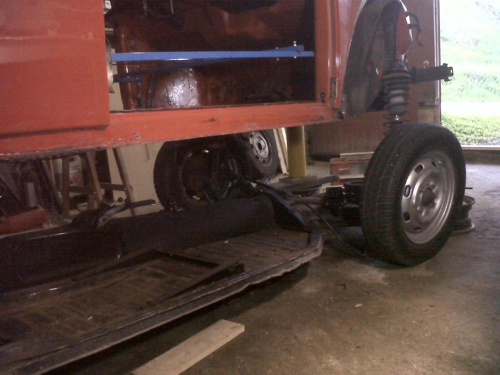 """preciso consejo.  Reparar  chasis """"con"""" o """"sin"""" carroceria... - Página 2 201112122"""