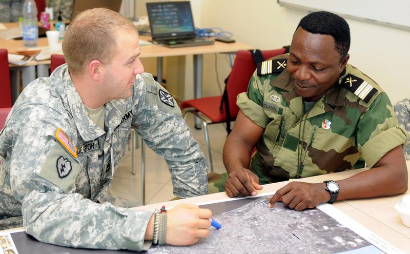 Armée du Gabon - Page 2 681544579861abde3c59b