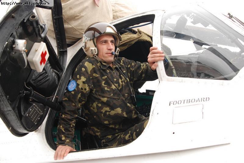 Ukrainian Armed Forces / Zbroyni Syly Ukrayiny - Page 2 20111013665629653