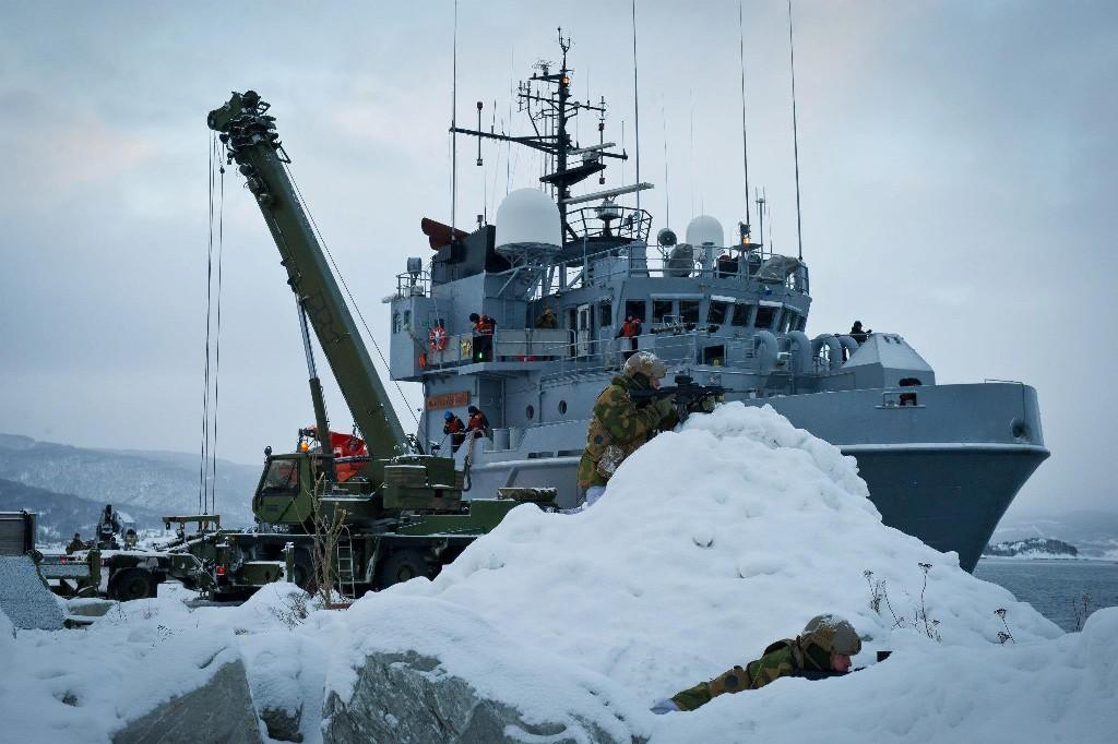 Armée norvegienne/Norwegian Armed Forces - Page 6 22060645837685423510810