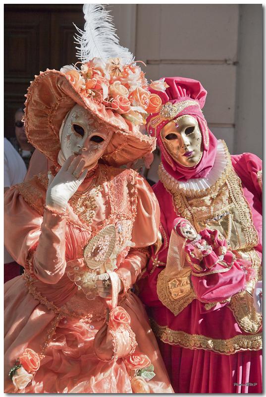 Rencontre Carnaval venitien à Martigues edition 2010  - Page 32 Jm244951024