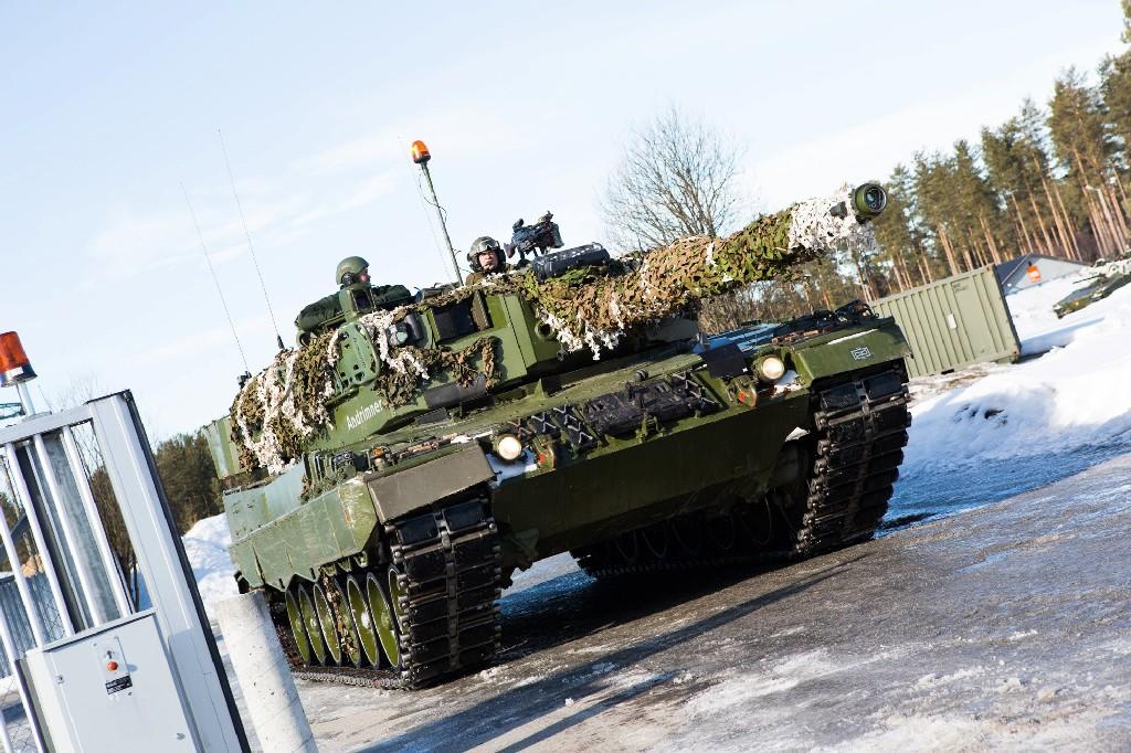 Armée norvegienne/Norwegian Armed Forces - Page 6 88711845873408753271833