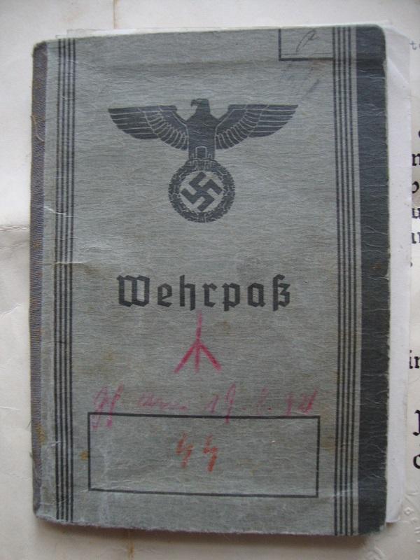 Vos livrets militaires allemands WWII (Soldbuch, Wehrpass..) / Heer-LW-KM-SS... 4bpa