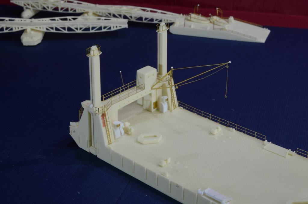 Port Artificiel MULBERRY au 1/350 - Page 4 Whir