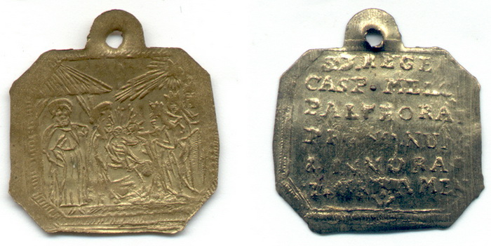 ICONOGRAFIA de la NATIVIDAD en las medallas devocionales Meda16pondus