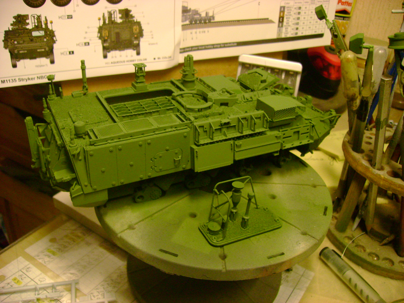 M1135 Stryker NBC RV 1/35 Trumpeter....Terminer Up du 29/10... - Page 3 86915545