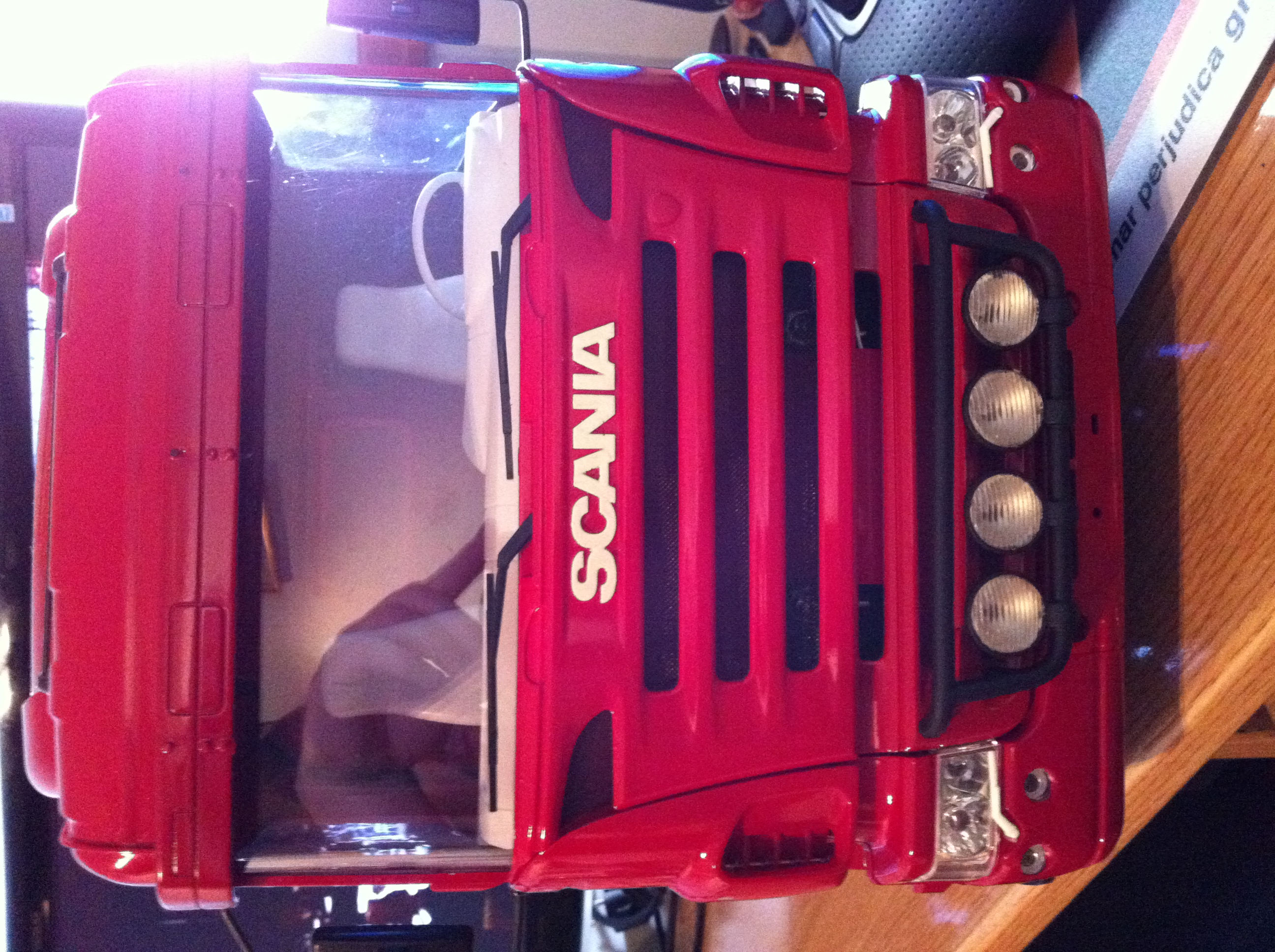 Scania R620 6x4 Servonaut Marcorev - Página 2 Camion40