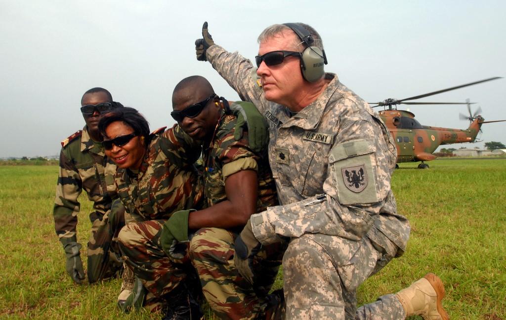 Forces Armées Camerounaises - Page 2 Centralafricannationsfi