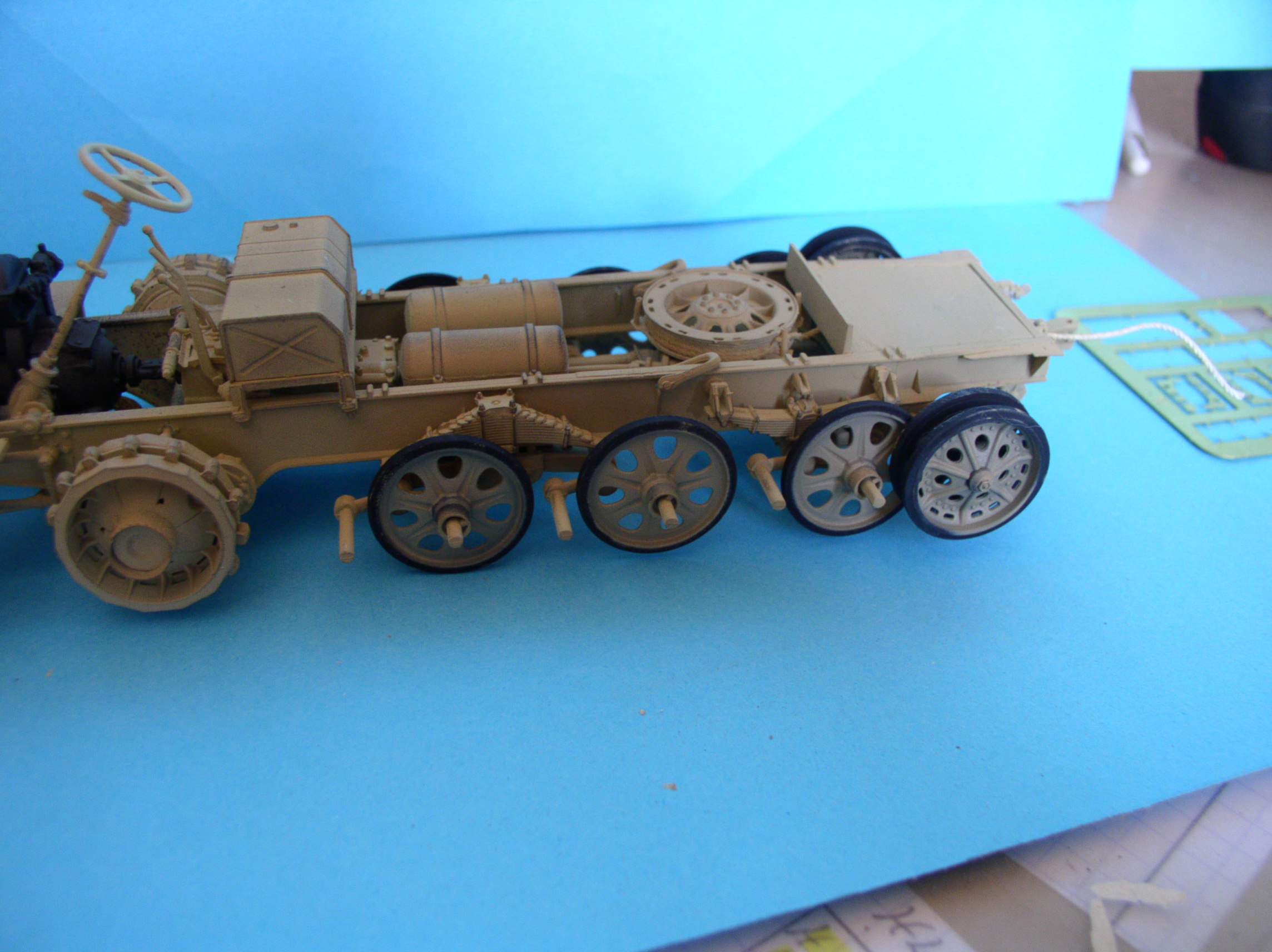 Sd.Kfz.7/1 late version whit Sd.Anhager 52 Trumpeter 1/35( Montage en cours) UP 25/05 - Page 3 52859741