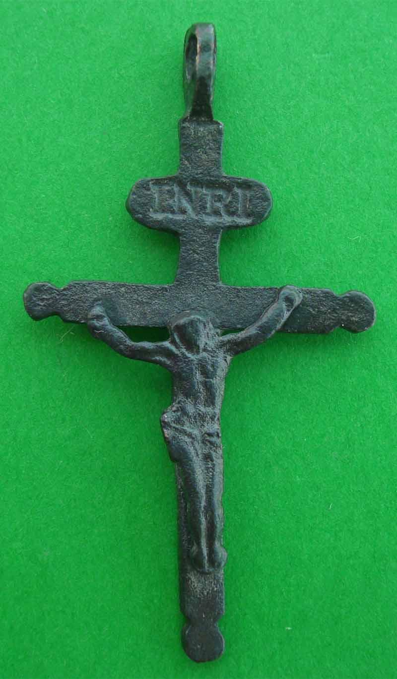 Crucifijo francés Cx1n