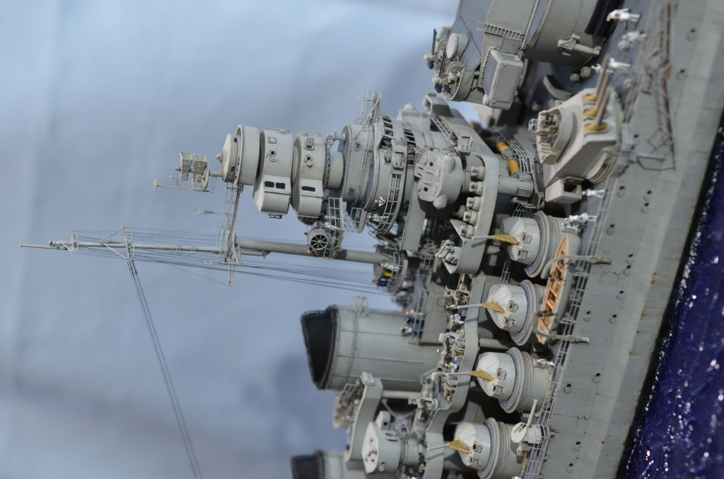 RN ROMA au 1/350 avec Kit Flyhawk. - Page 4 Eij6