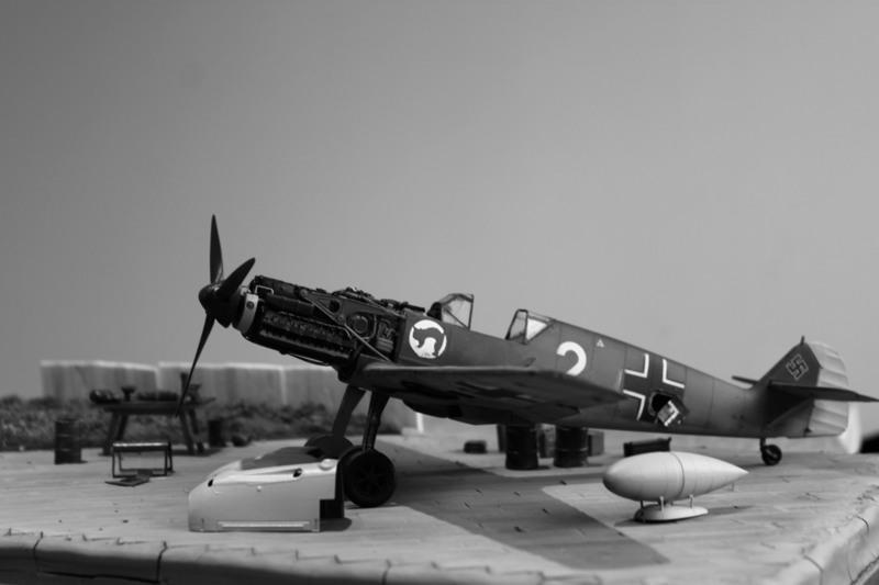 Me Bf 109 E1  [ Eduard 1/32 ] - Page 7 QXaZDF
