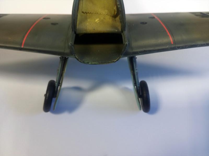 Me Bf 109 E1  [ Eduard 1/32 ] - Page 5 5bP0B0