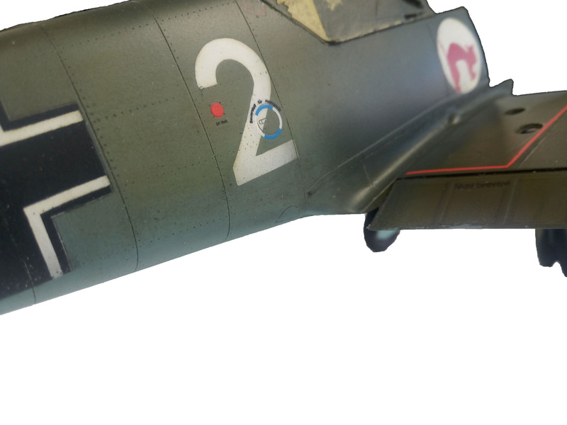 Me Bf 109 E1  [ Eduard 1/32 ] - Page 5 Bj8qmK