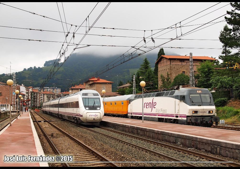 Train spécial Saragosse - Zumarraga le samedi 06 juin 2015. QXcOMT