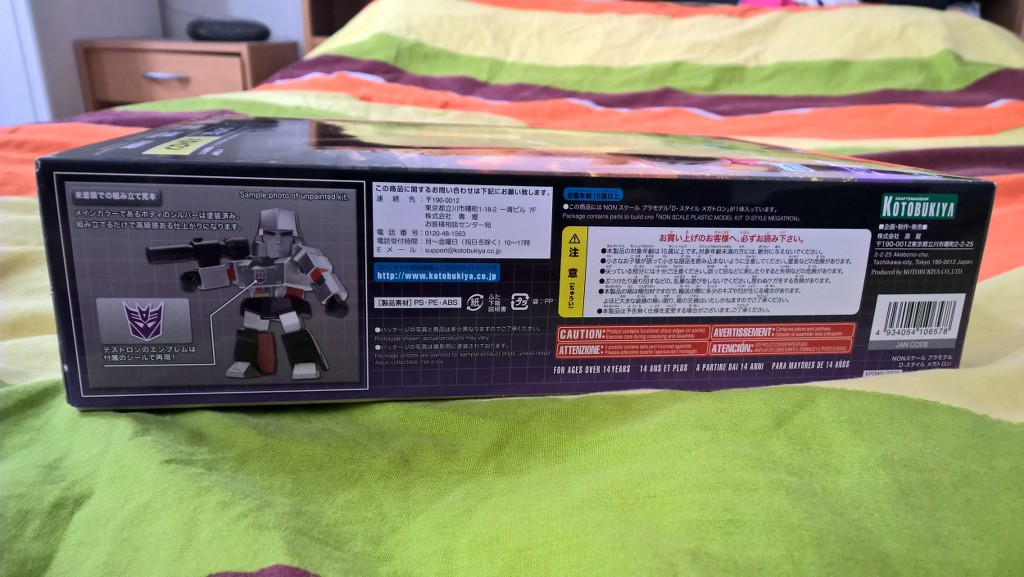 Figurines Transformers G1 (articulé, non transformable) ― Par ThreeZero, R.E.D, Super7, Toys Alliance, etc - Page 3 Ux9NUw