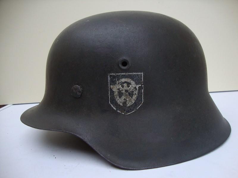 Casque allemand modèle 42  Polizei DD Jus de grenier intouché UrOpLh