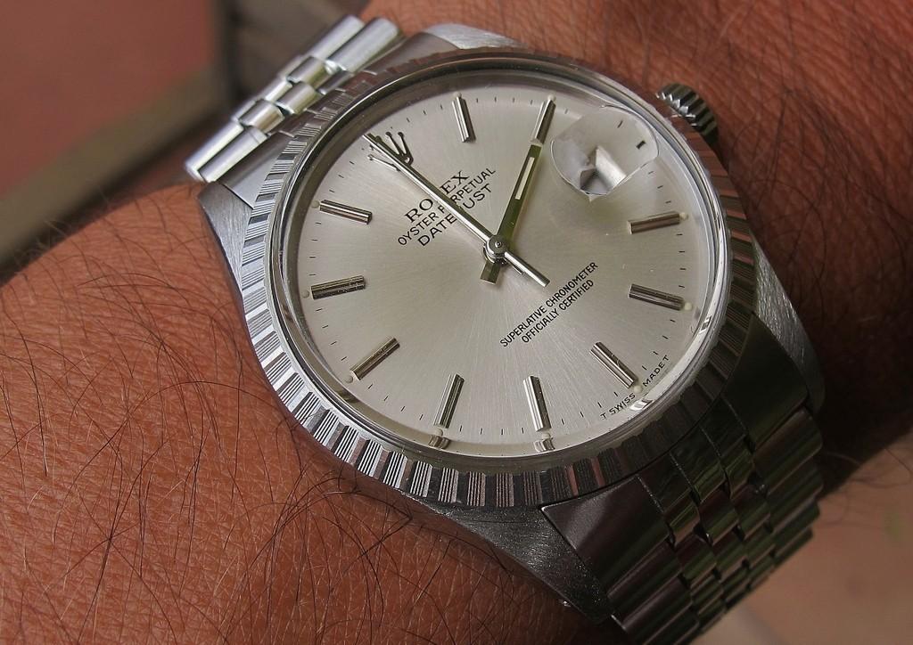 Votre montre du jour DHY04g