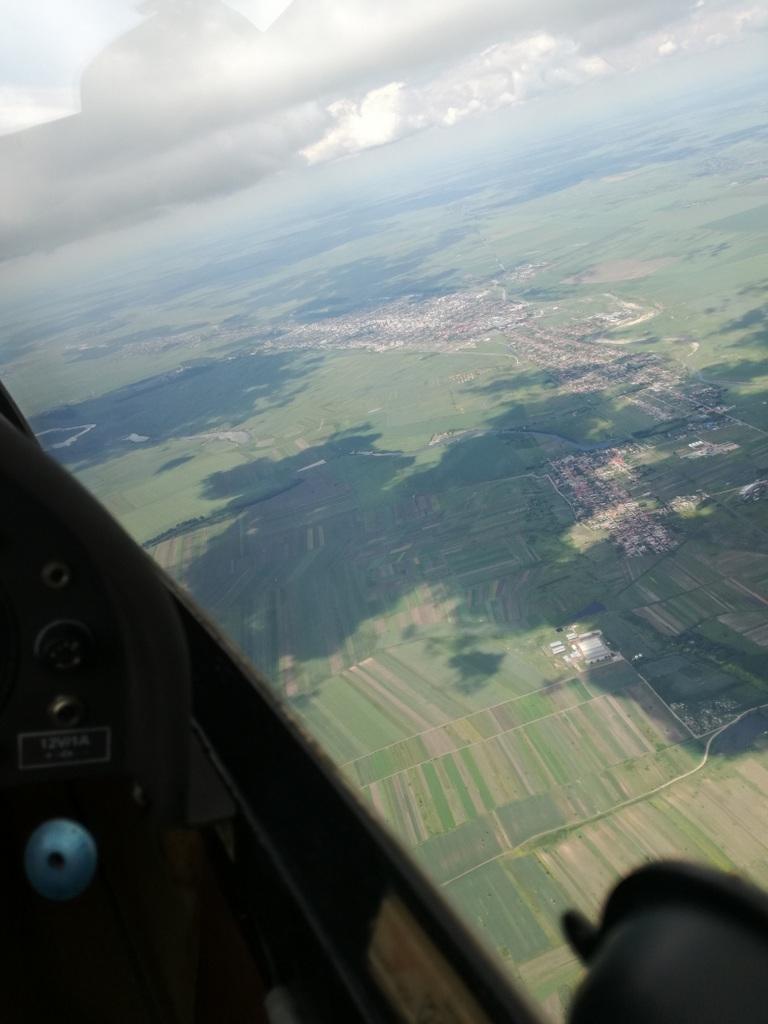Topoloveni-Pitesti-Slatina-Alexandria-Topoloveni, cu planorul  93erKt
