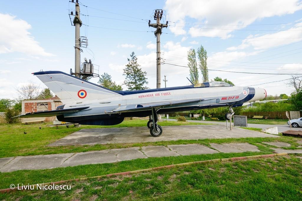 MiG-21 la Balaci - Pagina 2 C7jIOj