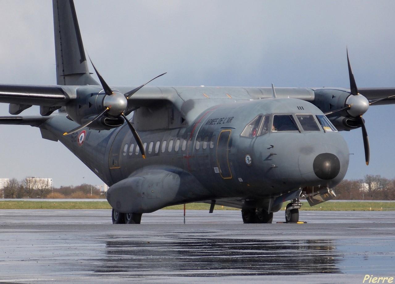 Casa CN-235 Armée de l'Air 62-II + Divers le 25.02.14 Cd7w