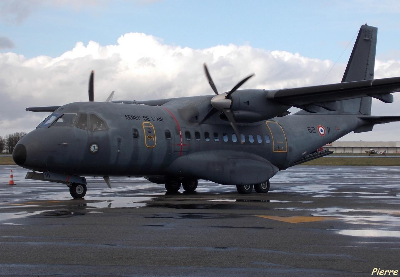 Casa CN-235 Armée de l'Air 62-II + Divers le 25.02.14 Eyok
