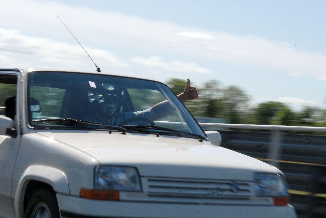 Les 30 ans de la Super 5 GT Turbo à La Châtre PJsHWY