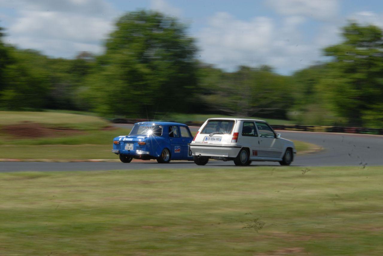 Les 30 ans de la Super 5 GT Turbo à La Châtre VTb8Av