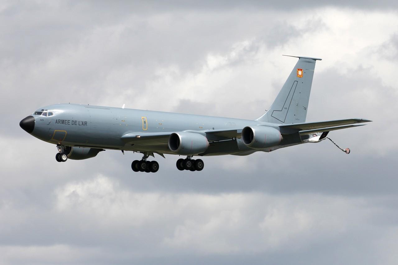 Boeing KC-135 Stratotanker Armée de l'Air 525 / 93-CN  & divers le 12.05.14 Vjtne