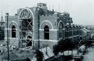 De kerken van de Wederopbouw na WO1 & WO2 Aalb