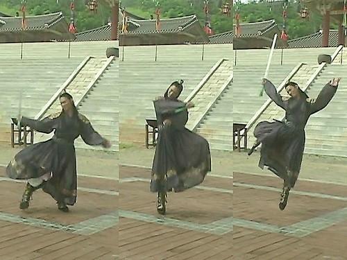 Жожик, его величество Император Чу Чжин Мо ♛- 2 - Страница 4 ZBp4J2
