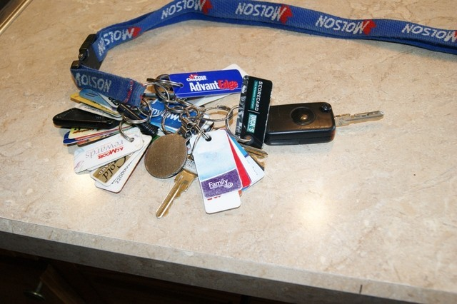 Have you checked your Car Key Junk Lately? 8l9a