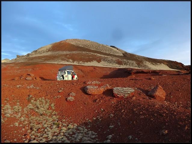 [ISLANDE] La grande aventure íslanðaíse des Crítícákouátíque - juillet 2013 Yvr4