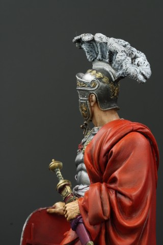 Garde Prétorien, 1er siècle A.D. (terminé) - Page 2 DJQrwl