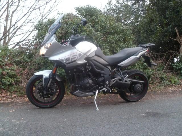 [motos] forum sur nos motos  - Page 2 FgcalL