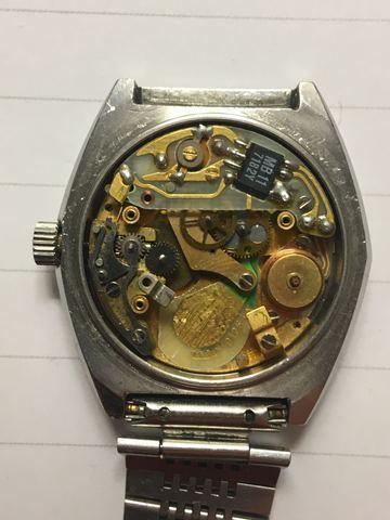 Jaeger -  [Postez ICI les demandes d'IDENTIFICATION et RENSEIGNEMENTS de vos montres] - Page 42 Yf8qVr