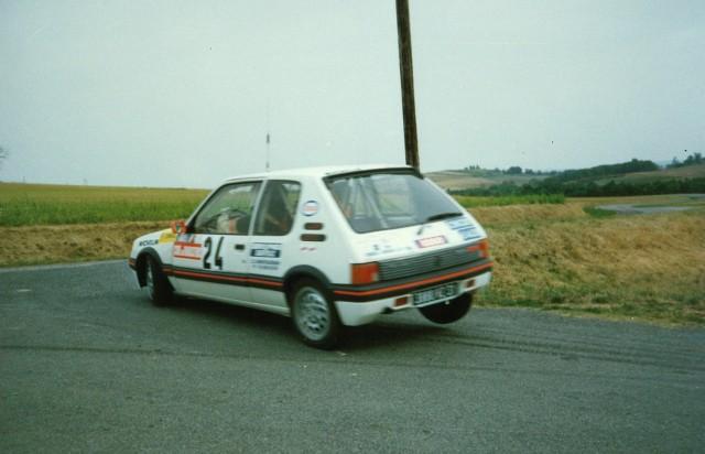 205 GTI 1.6 Gr. N et Gr. A / E.SENEGAS (1988 à 1991) IbF6gd