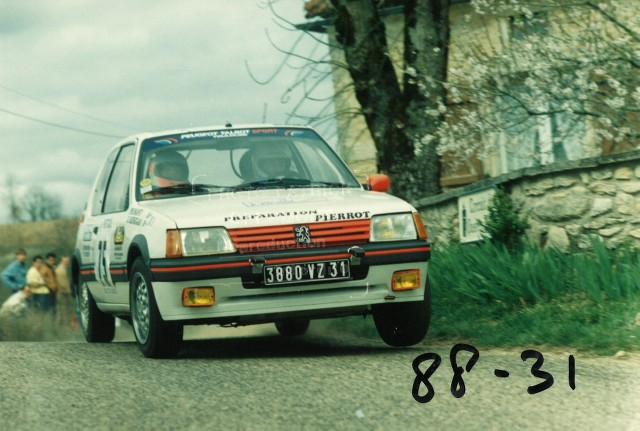205 GTI 1.6 Gr. N et Gr. A / E.SENEGAS (1988 à 1991) NT8p32